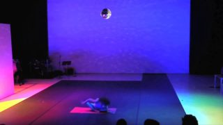TRAILER LES STRIPTEASES DE AIDI EISIDI